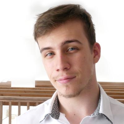 Lektor: Matej Kučera