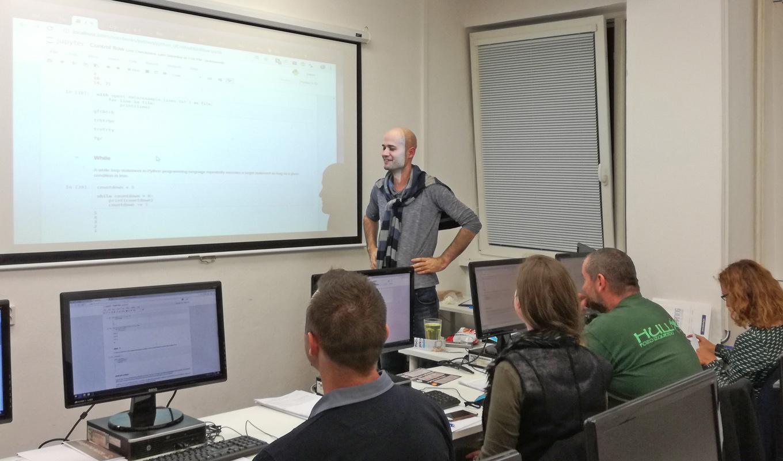 Kurz Python-1 lektor Miro