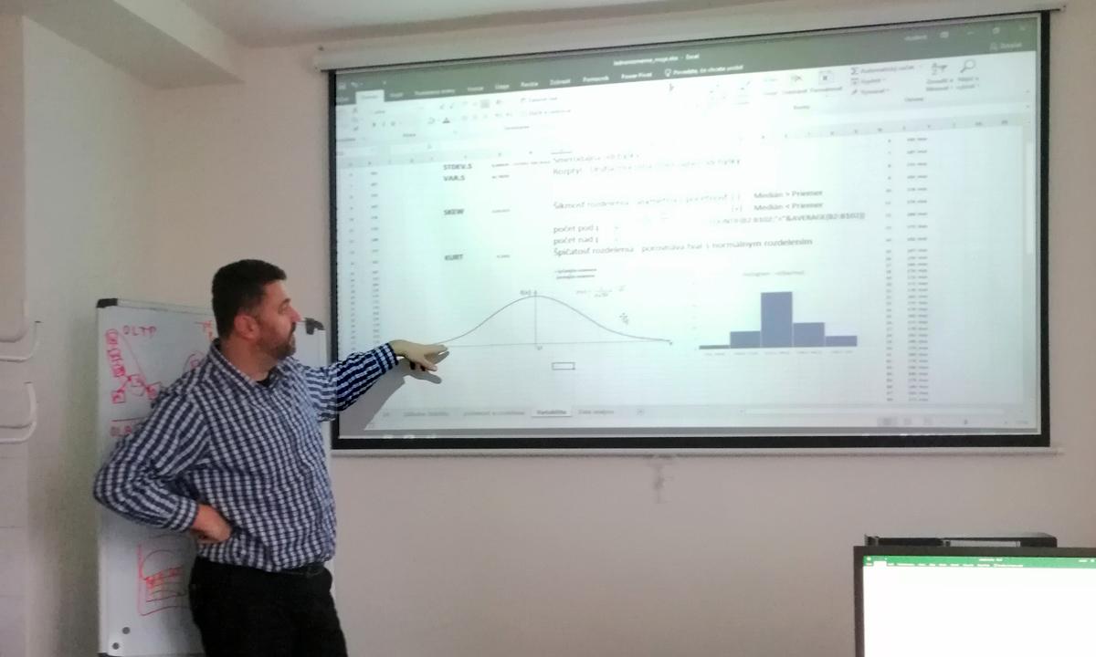 štatistika v Exceli - kurz - analýza a rozptyly